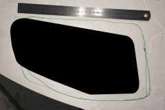 Yaris bonnet vent design